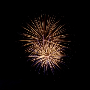 fireworks-1395844-m