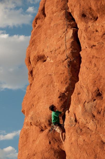 climbing-1237276_1280