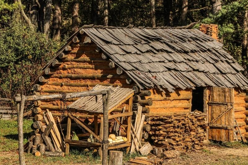 hut-cabin-settlers-settlers-cabin-mud-wattle-logs