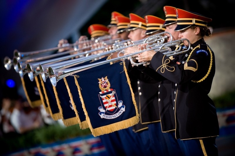 military-orchestra-performing-with-trumpets